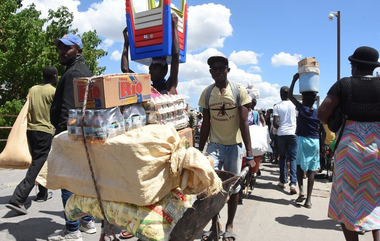 Dominicanos pierden mercado para vender productos en Haití
