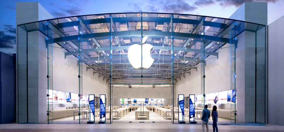 Trump 'toma nota' del pronóstico de Apple sobre las consecuencias de la guerra comercial con China